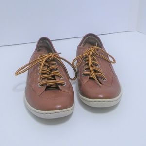 Born Shoes womens size 6